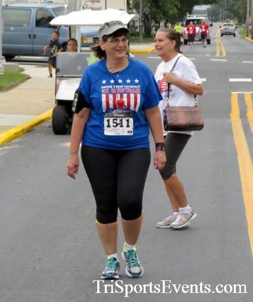 Center of the Universe 5K Run/Walk<br><br><br><br><a href='http://www.trisportsevents.com/pics/16_Magnolia_5K_156.JPG' download='16_Magnolia_5K_156.JPG'>Click here to download.</a><Br><a href='http://www.facebook.com/sharer.php?u=http:%2F%2Fwww.trisportsevents.com%2Fpics%2F16_Magnolia_5K_156.JPG&t=Center of the Universe 5K Run/Walk' target='_blank'><img src='images/fb_share.png' width='100'></a>