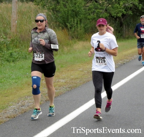 Queen of the Roses 5K Run/Walk<br><br><br><br><a href='https://www.trisportsevents.com/pics/16_Queen_of_Roses_5K_024.JPG' download='16_Queen_of_Roses_5K_024.JPG'>Click here to download.</a><Br><a href='http://www.facebook.com/sharer.php?u=http:%2F%2Fwww.trisportsevents.com%2Fpics%2F16_Queen_of_Roses_5K_024.JPG&t=Queen of the Roses 5K Run/Walk' target='_blank'><img src='images/fb_share.png' width='100'></a>