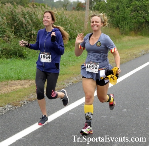 Queen of the Roses 5K Run/Walk<br><br><br><br><a href='https://www.trisportsevents.com/pics/16_Queen_of_Roses_5K_031.JPG' download='16_Queen_of_Roses_5K_031.JPG'>Click here to download.</a><Br><a href='http://www.facebook.com/sharer.php?u=http:%2F%2Fwww.trisportsevents.com%2Fpics%2F16_Queen_of_Roses_5K_031.JPG&t=Queen of the Roses 5K Run/Walk' target='_blank'><img src='images/fb_share.png' width='100'></a>
