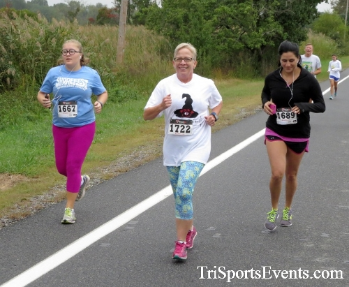 Queen of the Roses 5K Run/Walk<br><br><br><br><a href='http://www.trisportsevents.com/pics/16_Queen_of_Roses_5K_034.JPG' download='16_Queen_of_Roses_5K_034.JPG'>Click here to download.</a><Br><a href='http://www.facebook.com/sharer.php?u=http:%2F%2Fwww.trisportsevents.com%2Fpics%2F16_Queen_of_Roses_5K_034.JPG&t=Queen of the Roses 5K Run/Walk' target='_blank'><img src='images/fb_share.png' width='100'></a>