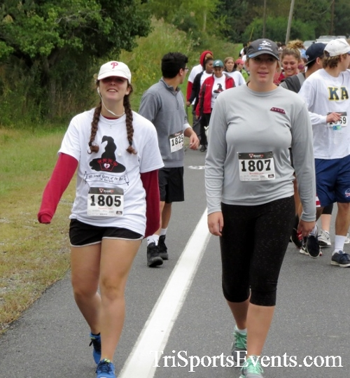 Queen of the Roses 5K Run/Walk<br><br><br><br><a href='https://www.trisportsevents.com/pics/16_Queen_of_Roses_5K_049.JPG' download='16_Queen_of_Roses_5K_049.JPG'>Click here to download.</a><Br><a href='http://www.facebook.com/sharer.php?u=http:%2F%2Fwww.trisportsevents.com%2Fpics%2F16_Queen_of_Roses_5K_049.JPG&t=Queen of the Roses 5K Run/Walk' target='_blank'><img src='images/fb_share.png' width='100'></a>