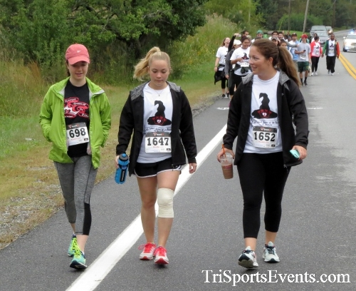 Queen of the Roses 5K Run/Walk<br><br><br><br><a href='http://www.trisportsevents.com/pics/16_Queen_of_Roses_5K_053.JPG' download='16_Queen_of_Roses_5K_053.JPG'>Click here to download.</a><Br><a href='http://www.facebook.com/sharer.php?u=http:%2F%2Fwww.trisportsevents.com%2Fpics%2F16_Queen_of_Roses_5K_053.JPG&t=Queen of the Roses 5K Run/Walk' target='_blank'><img src='images/fb_share.png' width='100'></a>