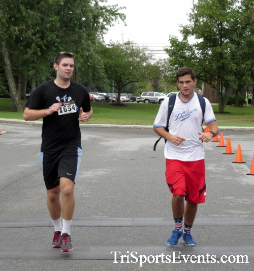 Queen of the Roses 5K Run/Walk<br><br><br><br><a href='https://www.trisportsevents.com/pics/16_Queen_of_Roses_5K_099.JPG' download='16_Queen_of_Roses_5K_099.JPG'>Click here to download.</a><Br><a href='http://www.facebook.com/sharer.php?u=http:%2F%2Fwww.trisportsevents.com%2Fpics%2F16_Queen_of_Roses_5K_099.JPG&t=Queen of the Roses 5K Run/Walk' target='_blank'><img src='images/fb_share.png' width='100'></a>