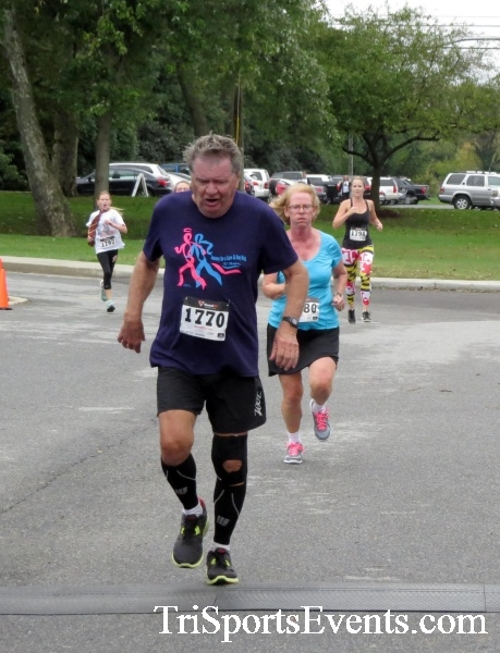 Queen of the Roses 5K Run/Walk<br><br><br><br><a href='https://www.trisportsevents.com/pics/16_Queen_of_Roses_5K_101.JPG' download='16_Queen_of_Roses_5K_101.JPG'>Click here to download.</a><Br><a href='http://www.facebook.com/sharer.php?u=http:%2F%2Fwww.trisportsevents.com%2Fpics%2F16_Queen_of_Roses_5K_101.JPG&t=Queen of the Roses 5K Run/Walk' target='_blank'><img src='images/fb_share.png' width='100'></a>