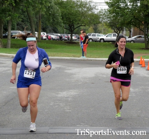 Queen of the Roses 5K Run/Walk<br><br><br><br><a href='http://www.trisportsevents.com/pics/16_Queen_of_Roses_5K_110.JPG' download='16_Queen_of_Roses_5K_110.JPG'>Click here to download.</a><Br><a href='http://www.facebook.com/sharer.php?u=http:%2F%2Fwww.trisportsevents.com%2Fpics%2F16_Queen_of_Roses_5K_110.JPG&t=Queen of the Roses 5K Run/Walk' target='_blank'><img src='images/fb_share.png' width='100'></a>
