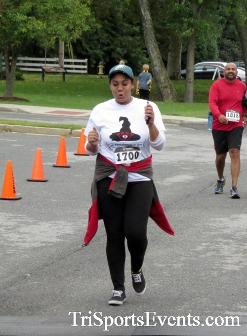 Queen of the Roses 5K Run/Walk<br><br><br><br><a href='http://www.trisportsevents.com/pics/16_Queen_of_Roses_5K_151.JPG' download='16_Queen_of_Roses_5K_151.JPG'>Click here to download.</a><Br><a href='http://www.facebook.com/sharer.php?u=http:%2F%2Fwww.trisportsevents.com%2Fpics%2F16_Queen_of_Roses_5K_151.JPG&t=Queen of the Roses 5K Run/Walk' target='_blank'><img src='images/fb_share.png' width='100'></a>