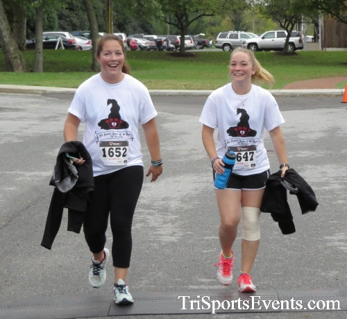 Queen of the Roses 5K Run/Walk<br><br><br><br><a href='http://www.trisportsevents.com/pics/16_Queen_of_Roses_5K_161.JPG' download='16_Queen_of_Roses_5K_161.JPG'>Click here to download.</a><Br><a href='http://www.facebook.com/sharer.php?u=http:%2F%2Fwww.trisportsevents.com%2Fpics%2F16_Queen_of_Roses_5K_161.JPG&t=Queen of the Roses 5K Run/Walk' target='_blank'><img src='images/fb_share.png' width='100'></a>
