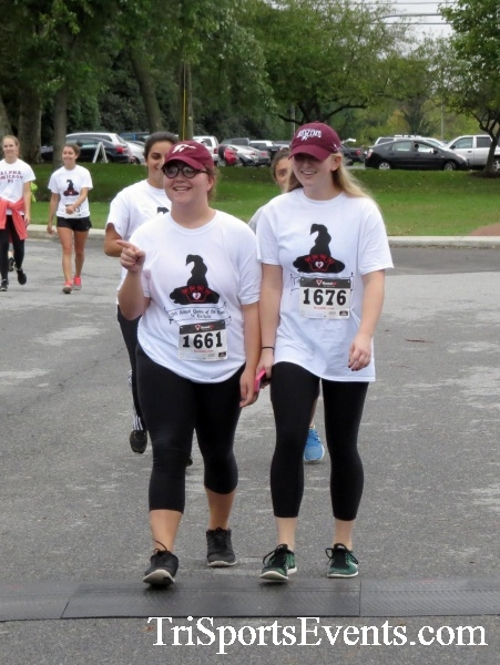Queen of the Roses 5K Run/Walk<br><br><br><br><a href='https://www.trisportsevents.com/pics/16_Queen_of_Roses_5K_163.JPG' download='16_Queen_of_Roses_5K_163.JPG'>Click here to download.</a><Br><a href='http://www.facebook.com/sharer.php?u=http:%2F%2Fwww.trisportsevents.com%2Fpics%2F16_Queen_of_Roses_5K_163.JPG&t=Queen of the Roses 5K Run/Walk' target='_blank'><img src='images/fb_share.png' width='100'></a>