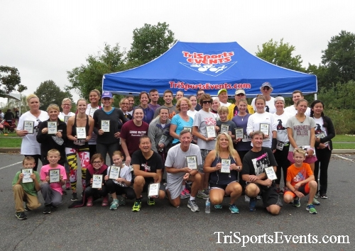 Queen of the Roses 5K Run/Walk<br><br><br><br><a href='http://www.trisportsevents.com/pics/16_Queen_of_Roses_5K_195.JPG' download='16_Queen_of_Roses_5K_195.JPG'>Click here to download.</a><Br><a href='http://www.facebook.com/sharer.php?u=http:%2F%2Fwww.trisportsevents.com%2Fpics%2F16_Queen_of_Roses_5K_195.JPG&t=Queen of the Roses 5K Run/Walk' target='_blank'><img src='images/fb_share.png' width='100'></a>