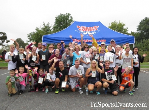 Queen of the Roses 5K Run/Walk<br><br><br><br><a href='http://www.trisportsevents.com/pics/16_Queen_of_Roses_5K_196.JPG' download='16_Queen_of_Roses_5K_196.JPG'>Click here to download.</a><Br><a href='http://www.facebook.com/sharer.php?u=http:%2F%2Fwww.trisportsevents.com%2Fpics%2F16_Queen_of_Roses_5K_196.JPG&t=Queen of the Roses 5K Run/Walk' target='_blank'><img src='images/fb_share.png' width='100'></a>