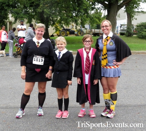 Queen of the Roses 5K Run/Walk<br><br><br><br><a href='https://www.trisportsevents.com/pics/16_Queen_of_Roses_5K_197.JPG' download='16_Queen_of_Roses_5K_197.JPG'>Click here to download.</a><Br><a href='http://www.facebook.com/sharer.php?u=http:%2F%2Fwww.trisportsevents.com%2Fpics%2F16_Queen_of_Roses_5K_197.JPG&t=Queen of the Roses 5K Run/Walk' target='_blank'><img src='images/fb_share.png' width='100'></a>