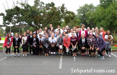 Queen of the Roses 5K Run/Walk<br><br><br><br><a href='http://www.trisportsevents.com/pics/16_Queen_of_Roses_5K_198.JPG' download='16_Queen_of_Roses_5K_198.JPG'>Click here to download.</a><Br><a href='http://www.facebook.com/sharer.php?u=http:%2F%2Fwww.trisportsevents.com%2Fpics%2F16_Queen_of_Roses_5K_198.JPG&t=Queen of the Roses 5K Run/Walk' target='_blank'><img src='images/fb_share.png' width='100'></a>