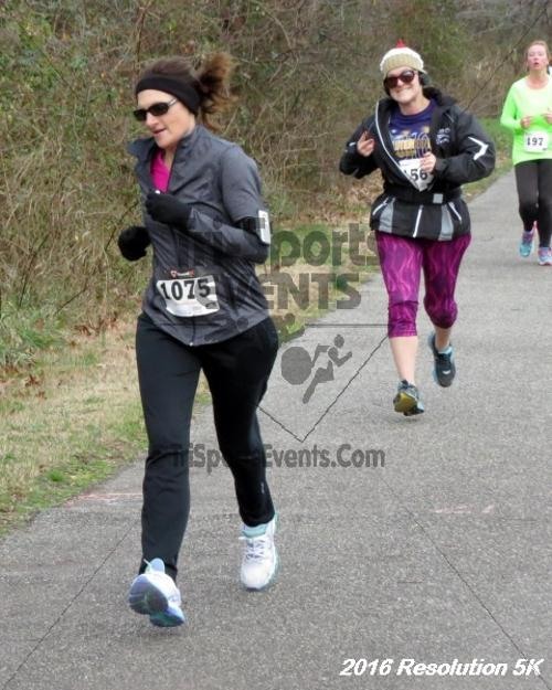2016 Resolution 5K Run/Walk<br><br><br><br><a href='https://www.trisportsevents.com/pics/16_Resoluion_5K_042.JPG' download='16_Resoluion_5K_042.JPG'>Click here to download.</a><Br><a href='http://www.facebook.com/sharer.php?u=http:%2F%2Fwww.trisportsevents.com%2Fpics%2F16_Resoluion_5K_042.JPG&t=2016 Resolution 5K Run/Walk' target='_blank'><img src='images/fb_share.png' width='100'></a>