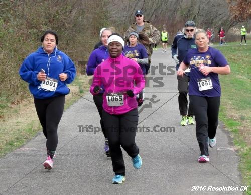 2016 Resolution 5K Run/Walk<br><br><br><br><a href='http://www.trisportsevents.com/pics/16_Resoluion_5K_063.JPG' download='16_Resoluion_5K_063.JPG'>Click here to download.</a><Br><a href='http://www.facebook.com/sharer.php?u=http:%2F%2Fwww.trisportsevents.com%2Fpics%2F16_Resoluion_5K_063.JPG&t=2016 Resolution 5K Run/Walk' target='_blank'><img src='images/fb_share.png' width='100'></a>