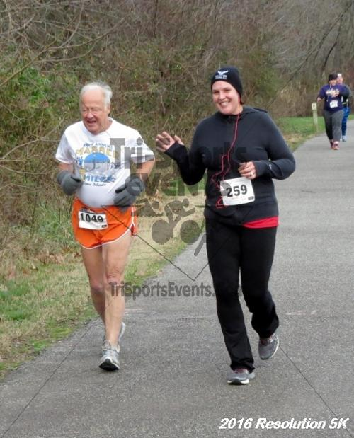 2016 Resolution 5K Run/Walk<br><br><br><br><a href='https://www.trisportsevents.com/pics/16_Resoluion_5K_094.JPG' download='16_Resoluion_5K_094.JPG'>Click here to download.</a><Br><a href='http://www.facebook.com/sharer.php?u=http:%2F%2Fwww.trisportsevents.com%2Fpics%2F16_Resoluion_5K_094.JPG&t=2016 Resolution 5K Run/Walk' target='_blank'><img src='images/fb_share.png' width='100'></a>