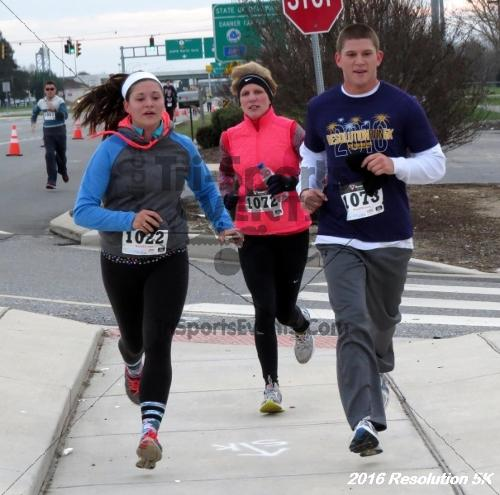 2016 Resolution 5K Run/Walk<br><br><br><br><a href='https://www.trisportsevents.com/pics/16_Resoluion_5K_138.JPG' download='16_Resoluion_5K_138.JPG'>Click here to download.</a><Br><a href='http://www.facebook.com/sharer.php?u=http:%2F%2Fwww.trisportsevents.com%2Fpics%2F16_Resoluion_5K_138.JPG&t=2016 Resolution 5K Run/Walk' target='_blank'><img src='images/fb_share.png' width='100'></a>