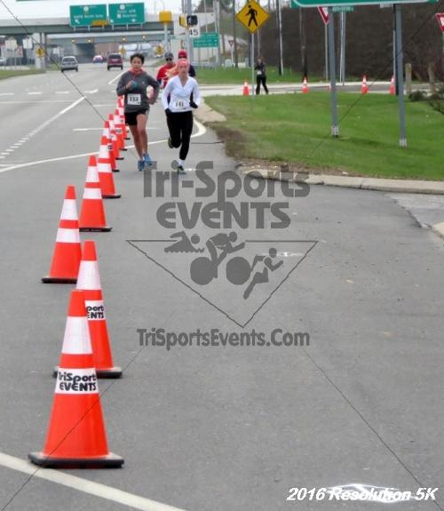 2016 Resolution 5K Run/Walk<br><br><br><br><a href='http://www.trisportsevents.com/pics/16_Resoluion_5K_143.JPG' download='16_Resoluion_5K_143.JPG'>Click here to download.</a><Br><a href='http://www.facebook.com/sharer.php?u=http:%2F%2Fwww.trisportsevents.com%2Fpics%2F16_Resoluion_5K_143.JPG&t=2016 Resolution 5K Run/Walk' target='_blank'><img src='images/fb_share.png' width='100'></a>