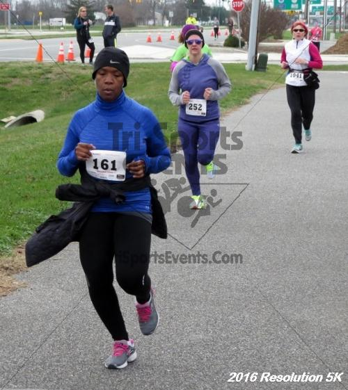 2016 Resolution 5K Run/Walk<br><br><br><br><a href='http://www.trisportsevents.com/pics/16_Resoluion_5K_173.JPG' download='16_Resoluion_5K_173.JPG'>Click here to download.</a><Br><a href='http://www.facebook.com/sharer.php?u=http:%2F%2Fwww.trisportsevents.com%2Fpics%2F16_Resoluion_5K_173.JPG&t=2016 Resolution 5K Run/Walk' target='_blank'><img src='images/fb_share.png' width='100'></a>