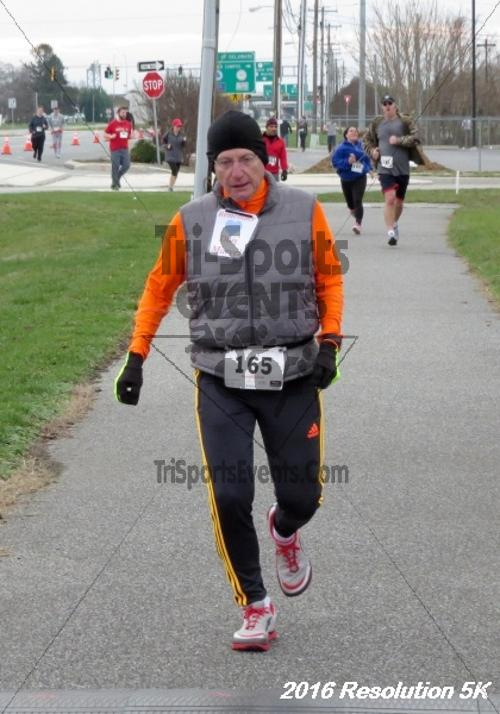 2016 Resolution 5K Run/Walk<br><br><br><br><a href='http://www.trisportsevents.com/pics/16_Resoluion_5K_182.JPG' download='16_Resoluion_5K_182.JPG'>Click here to download.</a><Br><a href='http://www.facebook.com/sharer.php?u=http:%2F%2Fwww.trisportsevents.com%2Fpics%2F16_Resoluion_5K_182.JPG&t=2016 Resolution 5K Run/Walk' target='_blank'><img src='images/fb_share.png' width='100'></a>