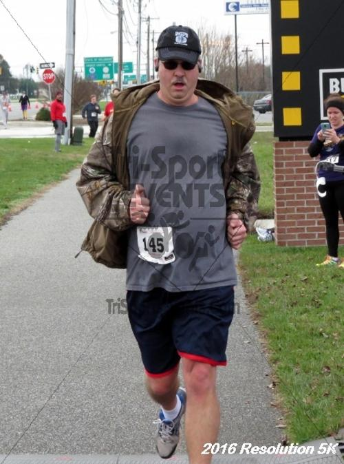 2016 Resolution 5K Run/Walk<br><br><br><br><a href='http://www.trisportsevents.com/pics/16_Resoluion_5K_184.JPG' download='16_Resoluion_5K_184.JPG'>Click here to download.</a><Br><a href='http://www.facebook.com/sharer.php?u=http:%2F%2Fwww.trisportsevents.com%2Fpics%2F16_Resoluion_5K_184.JPG&t=2016 Resolution 5K Run/Walk' target='_blank'><img src='images/fb_share.png' width='100'></a>