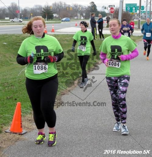 2016 Resolution 5K Run/Walk<br><br><br><br><a href='https://www.trisportsevents.com/pics/16_Resoluion_5K_214.JPG' download='16_Resoluion_5K_214.JPG'>Click here to download.</a><Br><a href='http://www.facebook.com/sharer.php?u=http:%2F%2Fwww.trisportsevents.com%2Fpics%2F16_Resoluion_5K_214.JPG&t=2016 Resolution 5K Run/Walk' target='_blank'><img src='images/fb_share.png' width='100'></a>