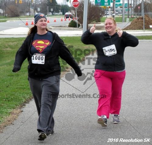 2016 Resolution 5K Run/Walk<br><br><br><br><a href='https://www.trisportsevents.com/pics/16_Resoluion_5K_237.JPG' download='16_Resoluion_5K_237.JPG'>Click here to download.</a><Br><a href='http://www.facebook.com/sharer.php?u=http:%2F%2Fwww.trisportsevents.com%2Fpics%2F16_Resoluion_5K_237.JPG&t=2016 Resolution 5K Run/Walk' target='_blank'><img src='images/fb_share.png' width='100'></a>