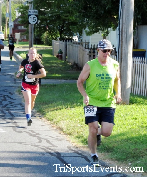 Running Hot - Clayton Fire Company 5K Run/Walk<br><br><br><br><a href='https://www.trisportsevents.com/pics/16_Running_Hot_5K_041.JPG' download='16_Running_Hot_5K_041.JPG'>Click here to download.</a><Br><a href='http://www.facebook.com/sharer.php?u=http:%2F%2Fwww.trisportsevents.com%2Fpics%2F16_Running_Hot_5K_041.JPG&t=Running Hot - Clayton Fire Company 5K Run/Walk' target='_blank'><img src='images/fb_share.png' width='100'></a>