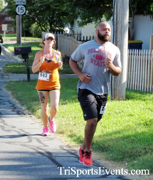 Running Hot - Clayton Fire Company 5K Run/Walk<br><br><br><br><a href='https://www.trisportsevents.com/pics/16_Running_Hot_5K_043.JPG' download='16_Running_Hot_5K_043.JPG'>Click here to download.</a><Br><a href='http://www.facebook.com/sharer.php?u=http:%2F%2Fwww.trisportsevents.com%2Fpics%2F16_Running_Hot_5K_043.JPG&t=Running Hot - Clayton Fire Company 5K Run/Walk' target='_blank'><img src='images/fb_share.png' width='100'></a>