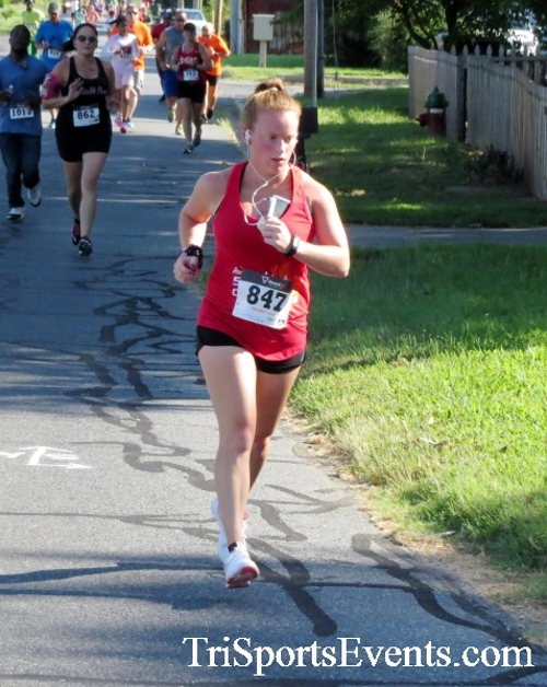 Running Hot - Clayton Fire Company 5K Run/Walk<br><br><br><br><a href='https://www.trisportsevents.com/pics/16_Running_Hot_5K_046.JPG' download='16_Running_Hot_5K_046.JPG'>Click here to download.</a><Br><a href='http://www.facebook.com/sharer.php?u=http:%2F%2Fwww.trisportsevents.com%2Fpics%2F16_Running_Hot_5K_046.JPG&t=Running Hot - Clayton Fire Company 5K Run/Walk' target='_blank'><img src='images/fb_share.png' width='100'></a>