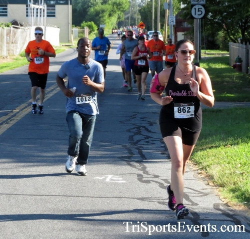 Running Hot - Clayton Fire Company 5K Run/Walk<br><br><br><br><a href='https://www.trisportsevents.com/pics/16_Running_Hot_5K_048.JPG' download='16_Running_Hot_5K_048.JPG'>Click here to download.</a><Br><a href='http://www.facebook.com/sharer.php?u=http:%2F%2Fwww.trisportsevents.com%2Fpics%2F16_Running_Hot_5K_048.JPG&t=Running Hot - Clayton Fire Company 5K Run/Walk' target='_blank'><img src='images/fb_share.png' width='100'></a>