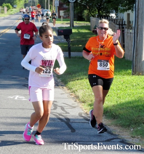 Running Hot - Clayton Fire Company 5K Run/Walk<br><br><br><br><a href='https://www.trisportsevents.com/pics/16_Running_Hot_5K_051.JPG' download='16_Running_Hot_5K_051.JPG'>Click here to download.</a><Br><a href='http://www.facebook.com/sharer.php?u=http:%2F%2Fwww.trisportsevents.com%2Fpics%2F16_Running_Hot_5K_051.JPG&t=Running Hot - Clayton Fire Company 5K Run/Walk' target='_blank'><img src='images/fb_share.png' width='100'></a>