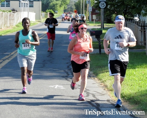 Running Hot - Clayton Fire Company 5K Run/Walk<br><br><br><br><a href='https://www.trisportsevents.com/pics/16_Running_Hot_5K_057.JPG' download='16_Running_Hot_5K_057.JPG'>Click here to download.</a><Br><a href='http://www.facebook.com/sharer.php?u=http:%2F%2Fwww.trisportsevents.com%2Fpics%2F16_Running_Hot_5K_057.JPG&t=Running Hot - Clayton Fire Company 5K Run/Walk' target='_blank'><img src='images/fb_share.png' width='100'></a>
