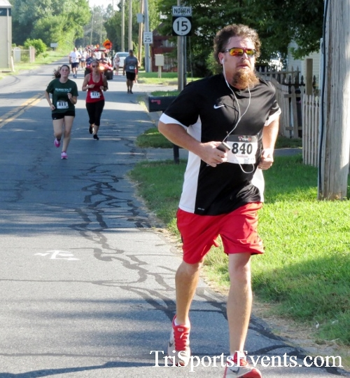 Running Hot - Clayton Fire Company 5K Run/Walk<br><br><br><br><a href='https://www.trisportsevents.com/pics/16_Running_Hot_5K_059.JPG' download='16_Running_Hot_5K_059.JPG'>Click here to download.</a><Br><a href='http://www.facebook.com/sharer.php?u=http:%2F%2Fwww.trisportsevents.com%2Fpics%2F16_Running_Hot_5K_059.JPG&t=Running Hot - Clayton Fire Company 5K Run/Walk' target='_blank'><img src='images/fb_share.png' width='100'></a>