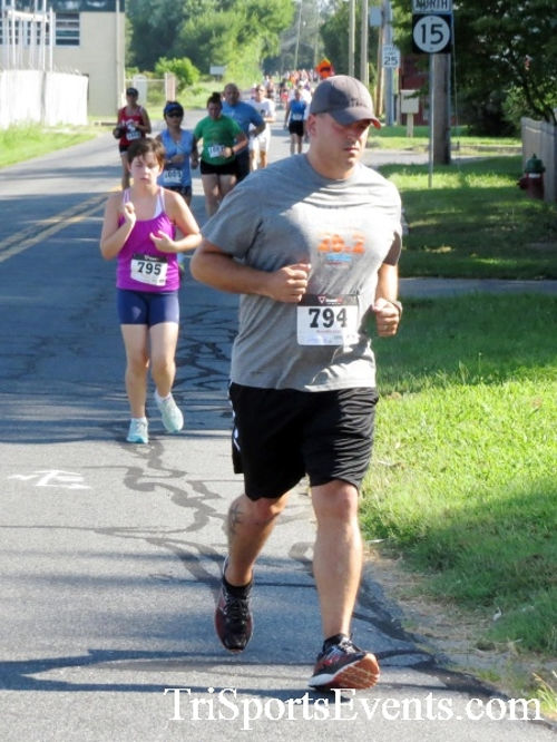 Running Hot - Clayton Fire Company 5K Run/Walk<br><br><br><br><a href='https://www.trisportsevents.com/pics/16_Running_Hot_5K_065.JPG' download='16_Running_Hot_5K_065.JPG'>Click here to download.</a><Br><a href='http://www.facebook.com/sharer.php?u=http:%2F%2Fwww.trisportsevents.com%2Fpics%2F16_Running_Hot_5K_065.JPG&t=Running Hot - Clayton Fire Company 5K Run/Walk' target='_blank'><img src='images/fb_share.png' width='100'></a>
