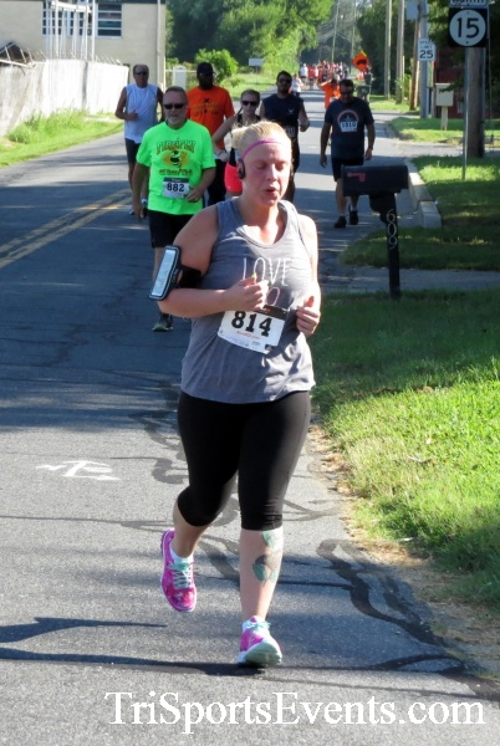 Running Hot - Clayton Fire Company 5K Run/Walk<br><br><br><br><a href='https://www.trisportsevents.com/pics/16_Running_Hot_5K_081.JPG' download='16_Running_Hot_5K_081.JPG'>Click here to download.</a><Br><a href='http://www.facebook.com/sharer.php?u=http:%2F%2Fwww.trisportsevents.com%2Fpics%2F16_Running_Hot_5K_081.JPG&t=Running Hot - Clayton Fire Company 5K Run/Walk' target='_blank'><img src='images/fb_share.png' width='100'></a>