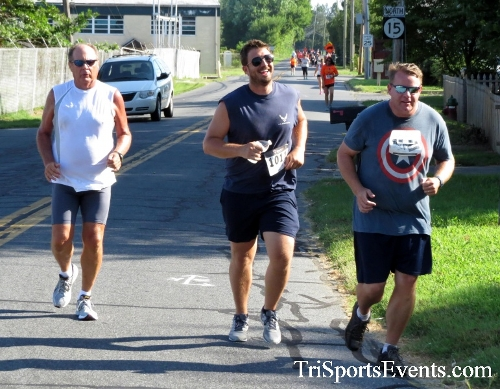 Running Hot - Clayton Fire Company 5K Run/Walk<br><br><br><br><a href='http://www.trisportsevents.com/pics/16_Running_Hot_5K_084.JPG' download='16_Running_Hot_5K_084.JPG'>Click here to download.</a><Br><a href='http://www.facebook.com/sharer.php?u=http:%2F%2Fwww.trisportsevents.com%2Fpics%2F16_Running_Hot_5K_084.JPG&t=Running Hot - Clayton Fire Company 5K Run/Walk' target='_blank'><img src='images/fb_share.png' width='100'></a>