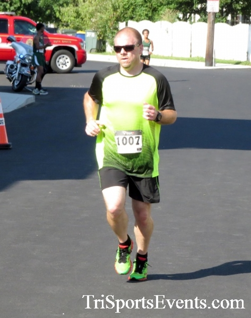 Running Hot - Clayton Fire Company 5K Run/Walk<br><br><br><br><a href='https://www.trisportsevents.com/pics/16_Running_Hot_5K_101.JPG' download='16_Running_Hot_5K_101.JPG'>Click here to download.</a><Br><a href='http://www.facebook.com/sharer.php?u=http:%2F%2Fwww.trisportsevents.com%2Fpics%2F16_Running_Hot_5K_101.JPG&t=Running Hot - Clayton Fire Company 5K Run/Walk' target='_blank'><img src='images/fb_share.png' width='100'></a>