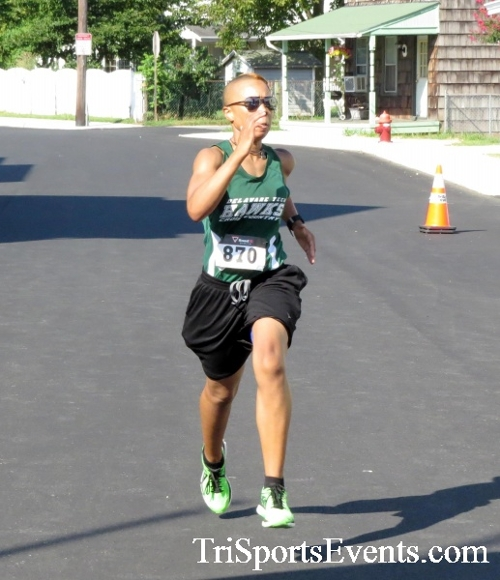 Running Hot - Clayton Fire Company 5K Run/Walk<br><br><br><br><a href='http://www.trisportsevents.com/pics/16_Running_Hot_5K_114.JPG' download='16_Running_Hot_5K_114.JPG'>Click here to download.</a><Br><a href='http://www.facebook.com/sharer.php?u=http:%2F%2Fwww.trisportsevents.com%2Fpics%2F16_Running_Hot_5K_114.JPG&t=Running Hot - Clayton Fire Company 5K Run/Walk' target='_blank'><img src='images/fb_share.png' width='100'></a>