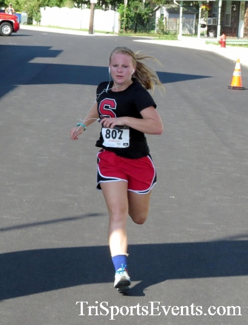 Running Hot - Clayton Fire Company 5K Run/Walk<br><br><br><br><a href='http://www.trisportsevents.com/pics/16_Running_Hot_5K_124.JPG' download='16_Running_Hot_5K_124.JPG'>Click here to download.</a><Br><a href='http://www.facebook.com/sharer.php?u=http:%2F%2Fwww.trisportsevents.com%2Fpics%2F16_Running_Hot_5K_124.JPG&t=Running Hot - Clayton Fire Company 5K Run/Walk' target='_blank'><img src='images/fb_share.png' width='100'></a>