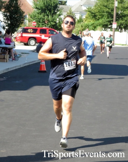 Running Hot - Clayton Fire Company 5K Run/Walk<br><br><br><br><a href='https://www.trisportsevents.com/pics/16_Running_Hot_5K_153.JPG' download='16_Running_Hot_5K_153.JPG'>Click here to download.</a><Br><a href='http://www.facebook.com/sharer.php?u=http:%2F%2Fwww.trisportsevents.com%2Fpics%2F16_Running_Hot_5K_153.JPG&t=Running Hot - Clayton Fire Company 5K Run/Walk' target='_blank'><img src='images/fb_share.png' width='100'></a>