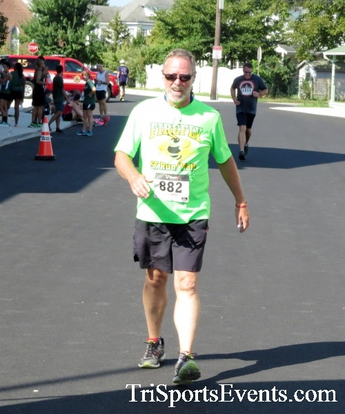 Running Hot - Clayton Fire Company 5K Run/Walk<br><br><br><br><a href='http://www.trisportsevents.com/pics/16_Running_Hot_5K_160.JPG' download='16_Running_Hot_5K_160.JPG'>Click here to download.</a><Br><a href='http://www.facebook.com/sharer.php?u=http:%2F%2Fwww.trisportsevents.com%2Fpics%2F16_Running_Hot_5K_160.JPG&t=Running Hot - Clayton Fire Company 5K Run/Walk' target='_blank'><img src='images/fb_share.png' width='100'></a>