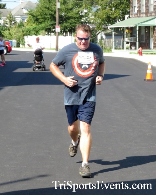 Running Hot - Clayton Fire Company 5K Run/Walk<br><br><br><br><a href='https://www.trisportsevents.com/pics/16_Running_Hot_5K_161.JPG' download='16_Running_Hot_5K_161.JPG'>Click here to download.</a><Br><a href='http://www.facebook.com/sharer.php?u=http:%2F%2Fwww.trisportsevents.com%2Fpics%2F16_Running_Hot_5K_161.JPG&t=Running Hot - Clayton Fire Company 5K Run/Walk' target='_blank'><img src='images/fb_share.png' width='100'></a>