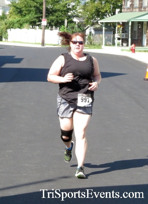 Running Hot - Clayton Fire Company 5K Run/Walk<br><br><br><br><a href='http://www.trisportsevents.com/pics/16_Running_Hot_5K_164.JPG' download='16_Running_Hot_5K_164.JPG'>Click here to download.</a><Br><a href='http://www.facebook.com/sharer.php?u=http:%2F%2Fwww.trisportsevents.com%2Fpics%2F16_Running_Hot_5K_164.JPG&t=Running Hot - Clayton Fire Company 5K Run/Walk' target='_blank'><img src='images/fb_share.png' width='100'></a>