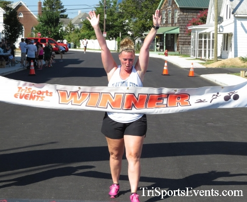 Running Hot - Clayton Fire Company 5K Run/Walk<br><br><br><br><a href='http://www.trisportsevents.com/pics/16_Running_Hot_5K_172.JPG' download='16_Running_Hot_5K_172.JPG'>Click here to download.</a><Br><a href='http://www.facebook.com/sharer.php?u=http:%2F%2Fwww.trisportsevents.com%2Fpics%2F16_Running_Hot_5K_172.JPG&t=Running Hot - Clayton Fire Company 5K Run/Walk' target='_blank'><img src='images/fb_share.png' width='100'></a>