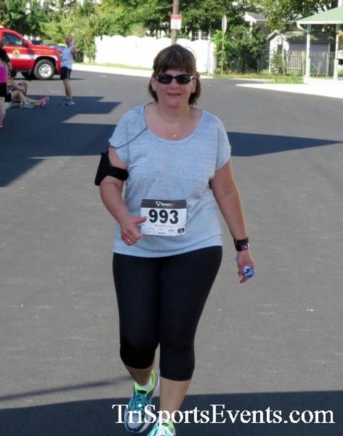 Running Hot - Clayton Fire Company 5K Run/Walk<br><br><br><br><a href='https://www.trisportsevents.com/pics/16_Running_Hot_5K_176.JPG' download='16_Running_Hot_5K_176.JPG'>Click here to download.</a><Br><a href='http://www.facebook.com/sharer.php?u=http:%2F%2Fwww.trisportsevents.com%2Fpics%2F16_Running_Hot_5K_176.JPG&t=Running Hot - Clayton Fire Company 5K Run/Walk' target='_blank'><img src='images/fb_share.png' width='100'></a>