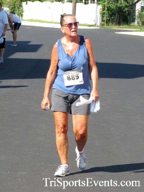 Running Hot - Clayton Fire Company 5K Run/Walk<br><br><br><br><a href='https://www.trisportsevents.com/pics/16_Running_Hot_5K_179.JPG' download='16_Running_Hot_5K_179.JPG'>Click here to download.</a><Br><a href='http://www.facebook.com/sharer.php?u=http:%2F%2Fwww.trisportsevents.com%2Fpics%2F16_Running_Hot_5K_179.JPG&t=Running Hot - Clayton Fire Company 5K Run/Walk' target='_blank'><img src='images/fb_share.png' width='100'></a>