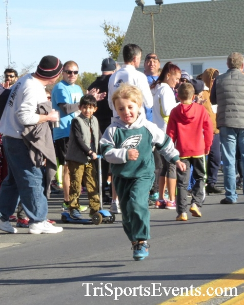 Ryan's High Five 5K Run/Walk<br><br><br><br><a href='https://www.trisportsevents.com/pics/16_Ryan's_High_Five_5K_019.JPG' download='16_Ryan's_High_Five_5K_019.JPG'>Click here to download.</a><Br><a href='http://www.facebook.com/sharer.php?u=http:%2F%2Fwww.trisportsevents.com%2Fpics%2F16_Ryan's_High_Five_5K_019.JPG&t=Ryan's High Five 5K Run/Walk' target='_blank'><img src='images/fb_share.png' width='100'></a>