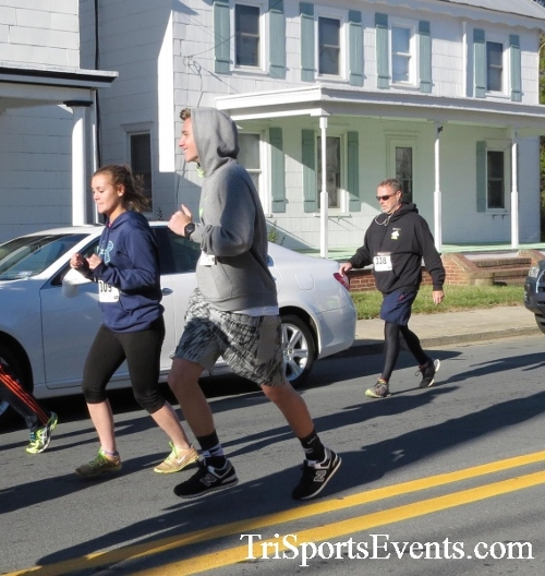 Ryan's High Five 5K Run/Walk<br><br><br><br><a href='https://www.trisportsevents.com/pics/16_Ryan's_High_Five_5K_036.JPG' download='16_Ryan's_High_Five_5K_036.JPG'>Click here to download.</a><Br><a href='http://www.facebook.com/sharer.php?u=http:%2F%2Fwww.trisportsevents.com%2Fpics%2F16_Ryan's_High_Five_5K_036.JPG&t=Ryan's High Five 5K Run/Walk' target='_blank'><img src='images/fb_share.png' width='100'></a>