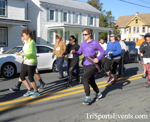 Ryan's High Five 5K Run/Walk<br><br><br><br><a href='https://www.trisportsevents.com/pics/16_Ryan's_High_Five_5K_040.JPG' download='16_Ryan's_High_Five_5K_040.JPG'>Click here to download.</a><Br><a href='http://www.facebook.com/sharer.php?u=http:%2F%2Fwww.trisportsevents.com%2Fpics%2F16_Ryan's_High_Five_5K_040.JPG&t=Ryan's High Five 5K Run/Walk' target='_blank'><img src='images/fb_share.png' width='100'></a>