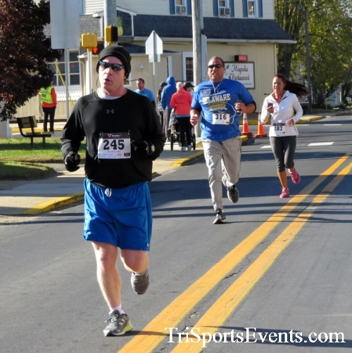 Ryan's High Five 5K Run/Walk<br><br><br><br><a href='https://www.trisportsevents.com/pics/16_Ryan's_High_Five_5K_079.JPG' download='16_Ryan's_High_Five_5K_079.JPG'>Click here to download.</a><Br><a href='http://www.facebook.com/sharer.php?u=http:%2F%2Fwww.trisportsevents.com%2Fpics%2F16_Ryan's_High_Five_5K_079.JPG&t=Ryan's High Five 5K Run/Walk' target='_blank'><img src='images/fb_share.png' width='100'></a>